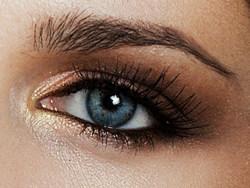 Hoe breng je make up mooi aan