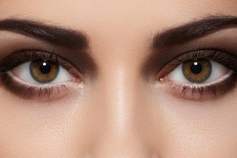 bruine oogschaduw voorbeelden