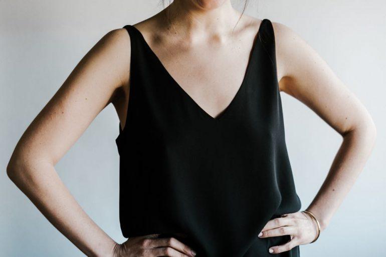 kledingtips dikke bovenarmen