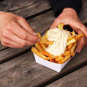hoe maak je friet met mayonaise